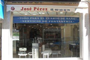 Saneamientos-Jose-Perez-exposicion